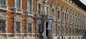 facciata_sede_prefettura_massa-carrara